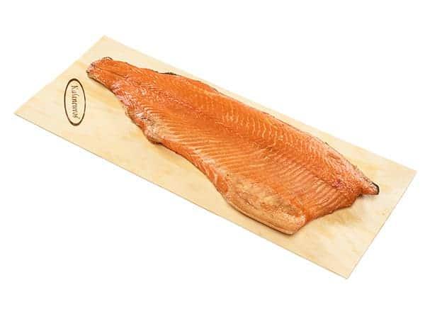 Juhannuksen kalaruuat - savulohifilee päreellä
