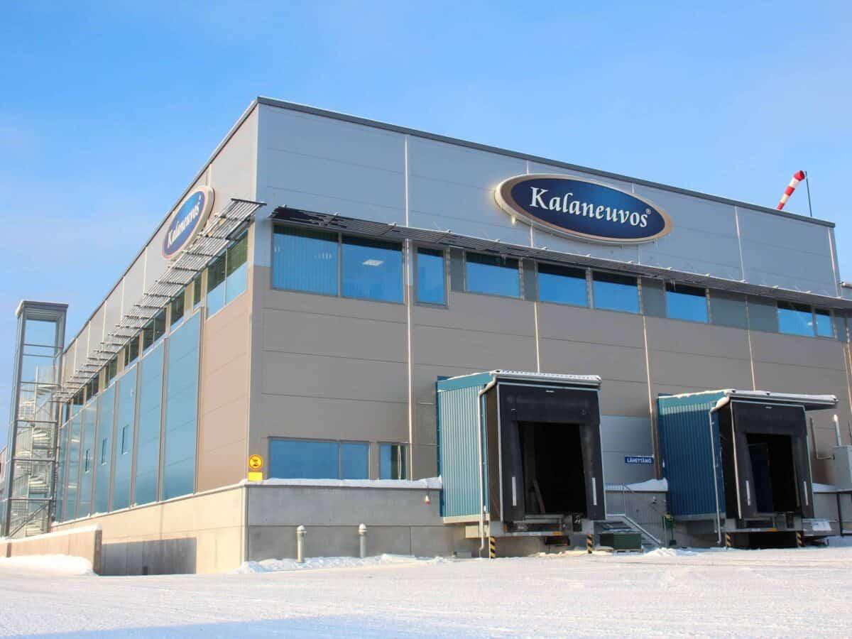 Pohjoismaiden suurin kalansavustamo avattiin Sastamalassa